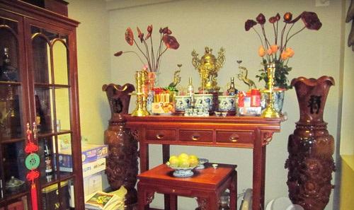 Một số lưu ý trong bày trí bàn thờ tổ tiên hợp phong thủy